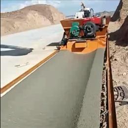 水渠滑模施工