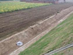 禁止利用高速公路边沟进行灌溉或排放污水