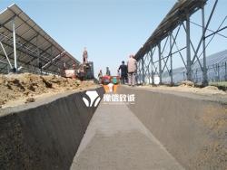 梯形边沟滑模机现场-山西晋中和顺县光伏产业园游记